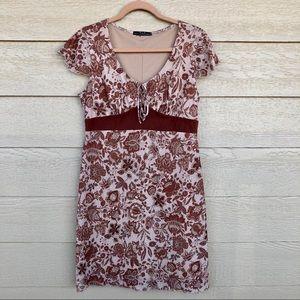 Classic Midi, Ruffle Sleeve Dress Cream/Brown (M)